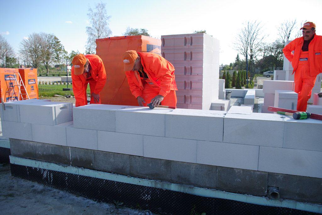 termalica budowa z betonu komórkowego